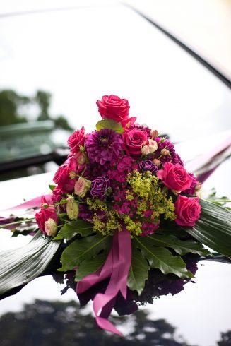 Autoschmuck für Hochzeit - Hochzeitsblumen